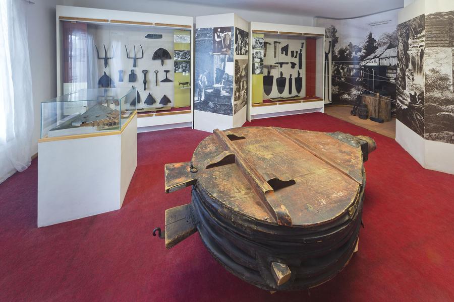 Kolekce skla z Klášterského mlýna